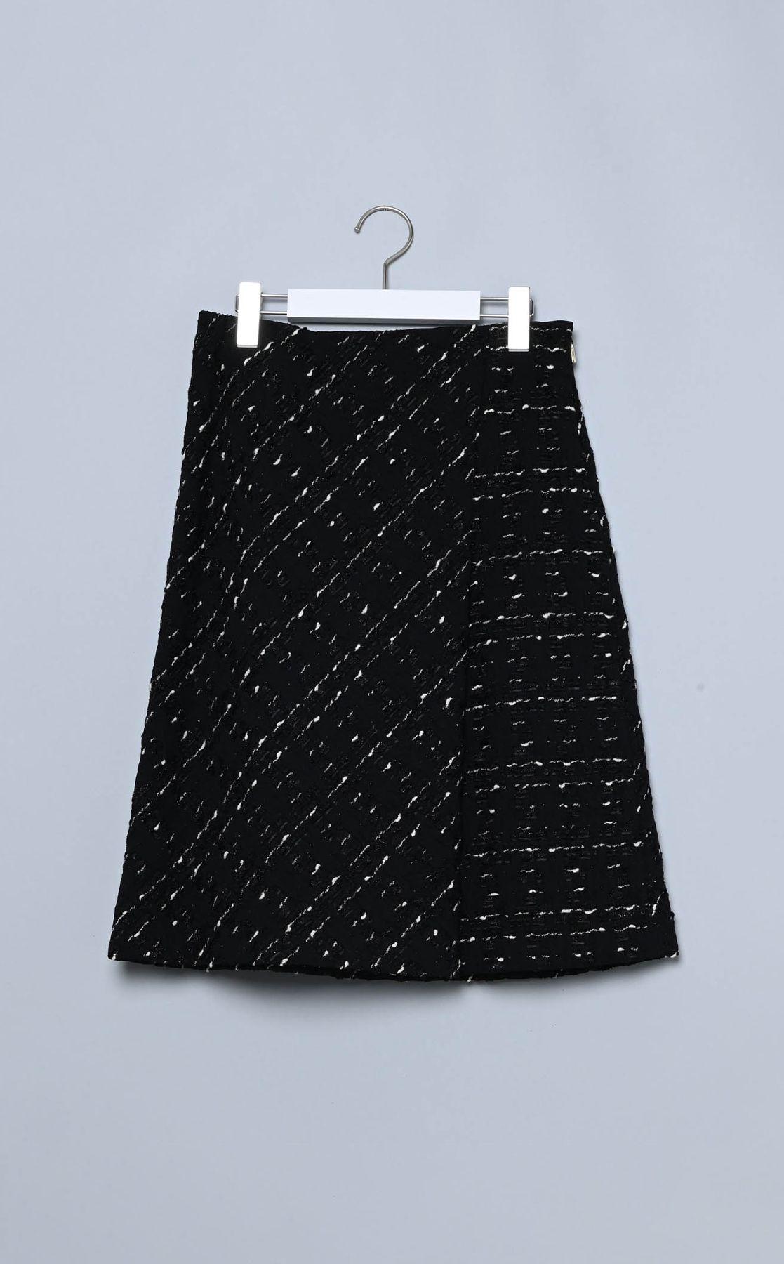 ジャガードラップスカート